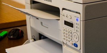 A Social Media Stunt Proves How Easy It Is to Hack Printers screenshot