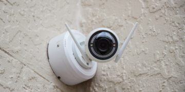 If You Own a Smart IP Camera, You Need to Consider a Few Security Risks screenshot