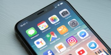 An iOS 13 Bug Allows Unauthorized Access to the Data in 'Website & App Passwords' Settings screenshot