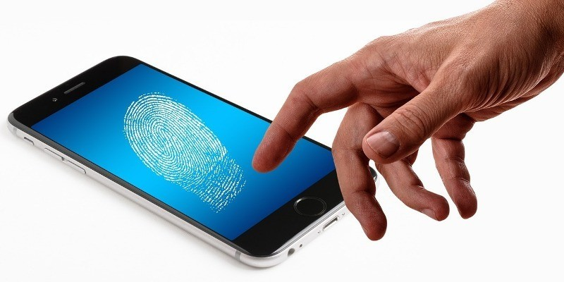 Experts Suggest That We Do Not Know How to Use Fingerprint Authentication Safely screenshot
