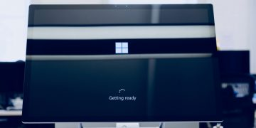 How to Roll Back Windows 10 to a Previous Version screenshot